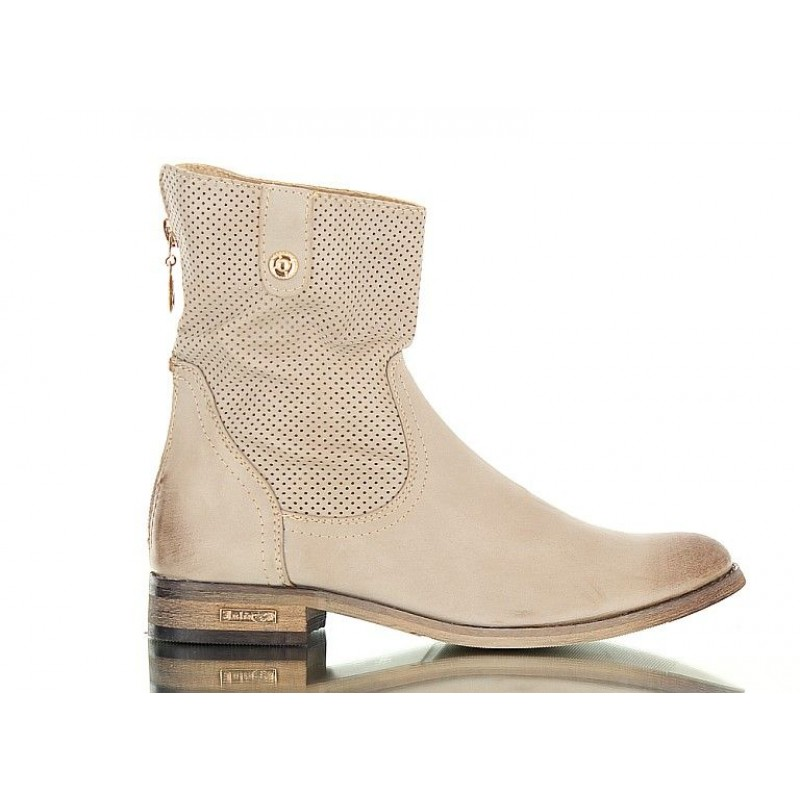 buty  - Open work ankle boots. Stylish and fashionable. Brown.