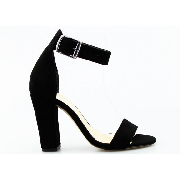 Sandały Zamszowe z Klamrą Czarne Tina