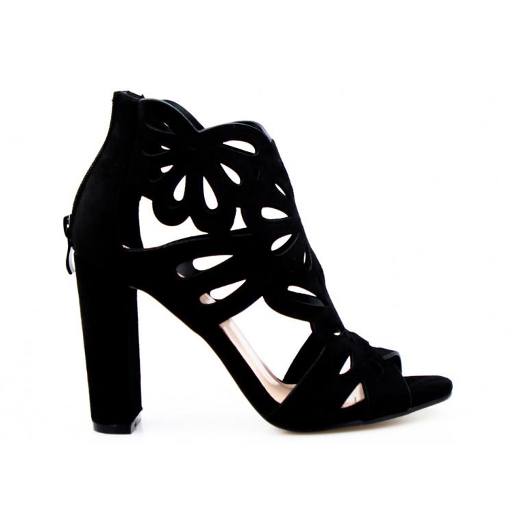 sandały czarne ażurowe