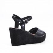 Sandały Lakierowane Na Koturnie Czarne Ula
