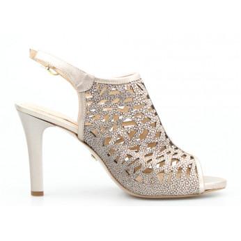 Sandały Zabudowane Ażurowe Skórzane Złote Rebecca
