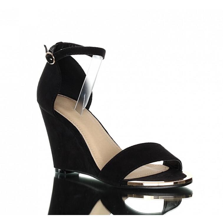 skórzane sandały na koturnie eleganckie