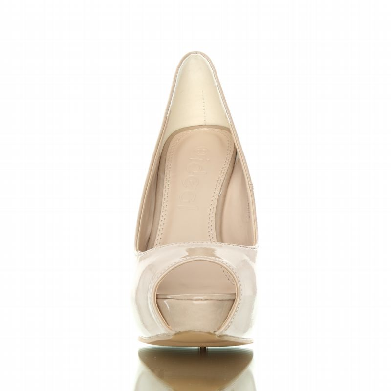 buty lacquered - Stylish, beautiful metal-heeled shoes. Beige.