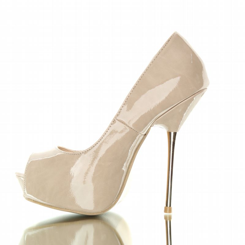 buty elegant - Stylish, beautiful metal-heeled shoes. Beige.