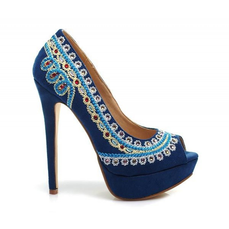 buty suede - Fashionable high heel decorated with folk motifs. Black color.